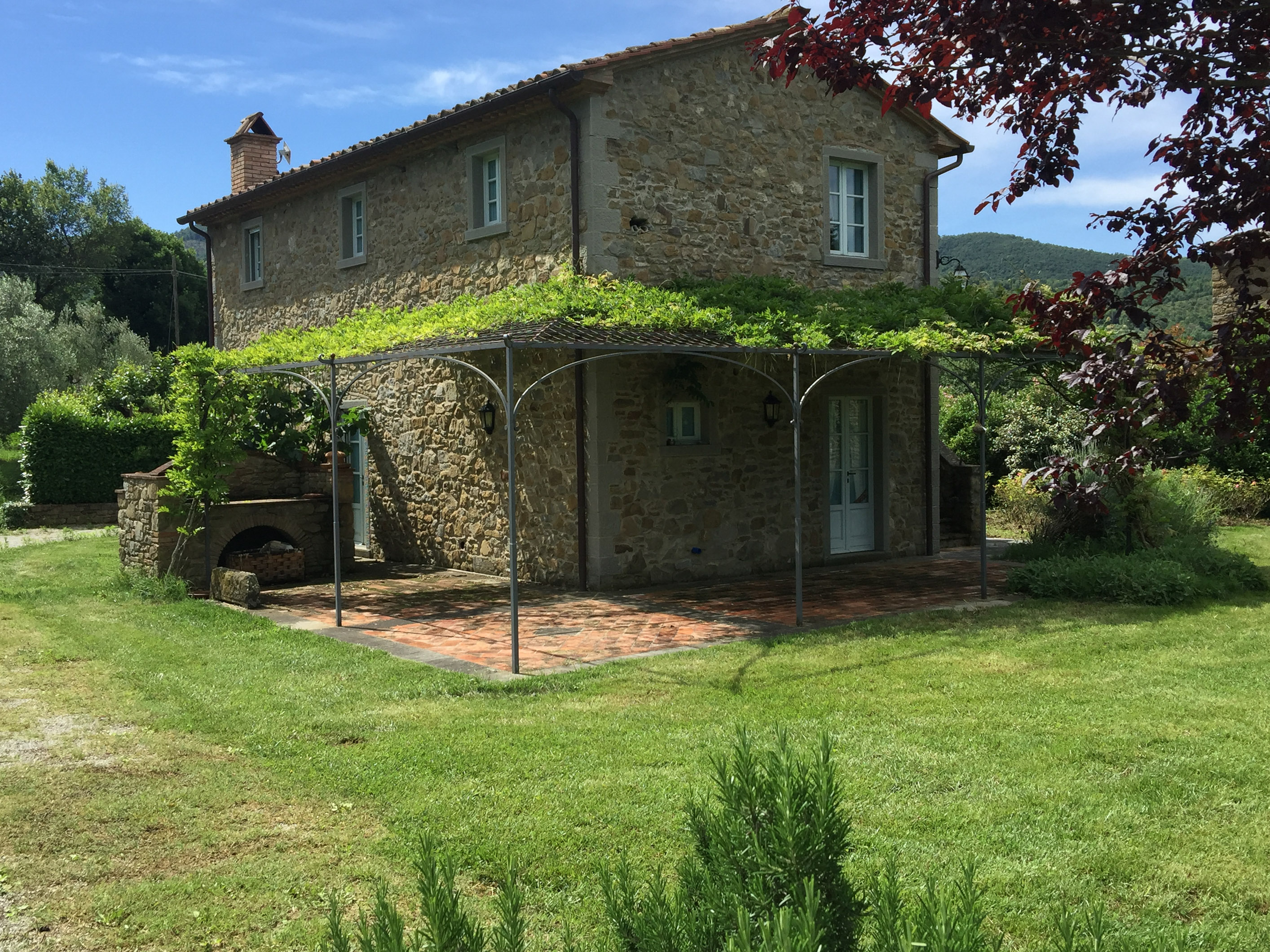 Stone farmhouse with swimming pool