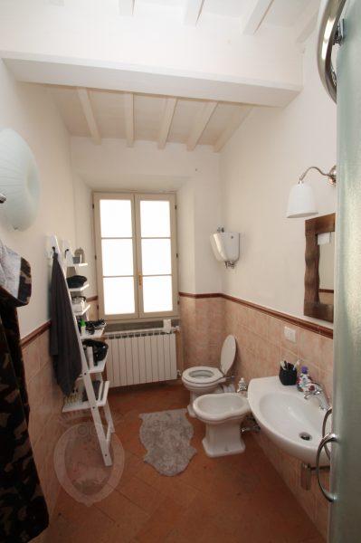 Bagno appartamento centro storico a Cortona