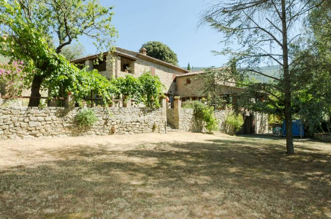 Farmhouse with 5 bedrooms and swimming pool