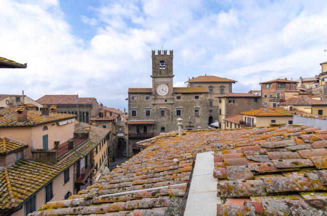 Mansarda ristrutturata a Cortona