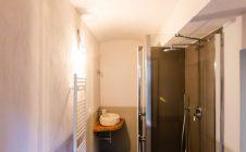 Appartamento coRenovated apartment with mezzanine in Cortonan mansarda ristrutturato a Cortona
