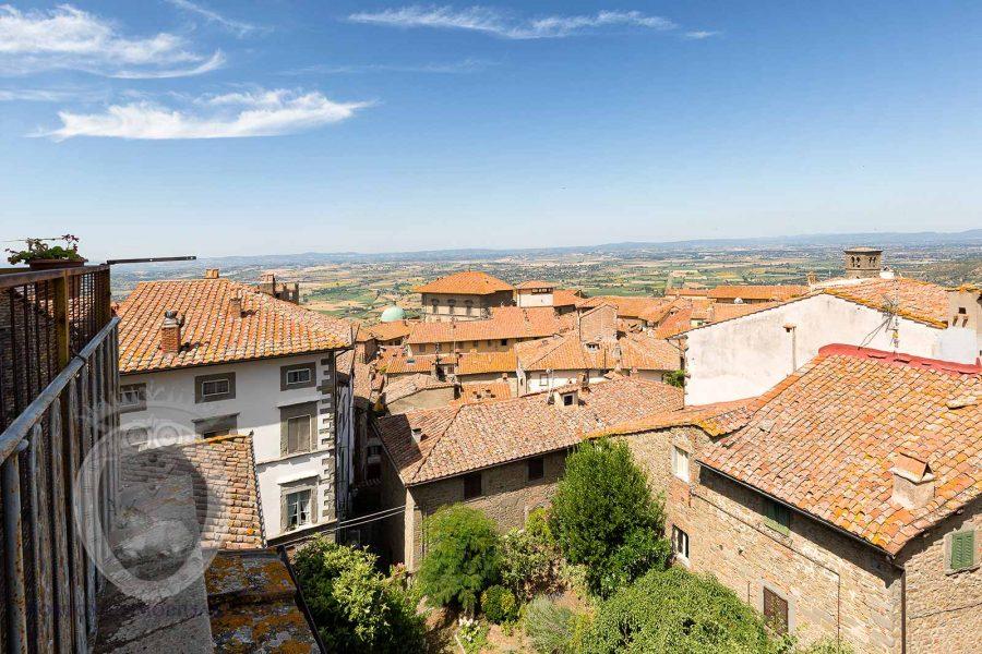appartamenApartment with 2 panoramic terracesto con 2 terrazze panoramiche