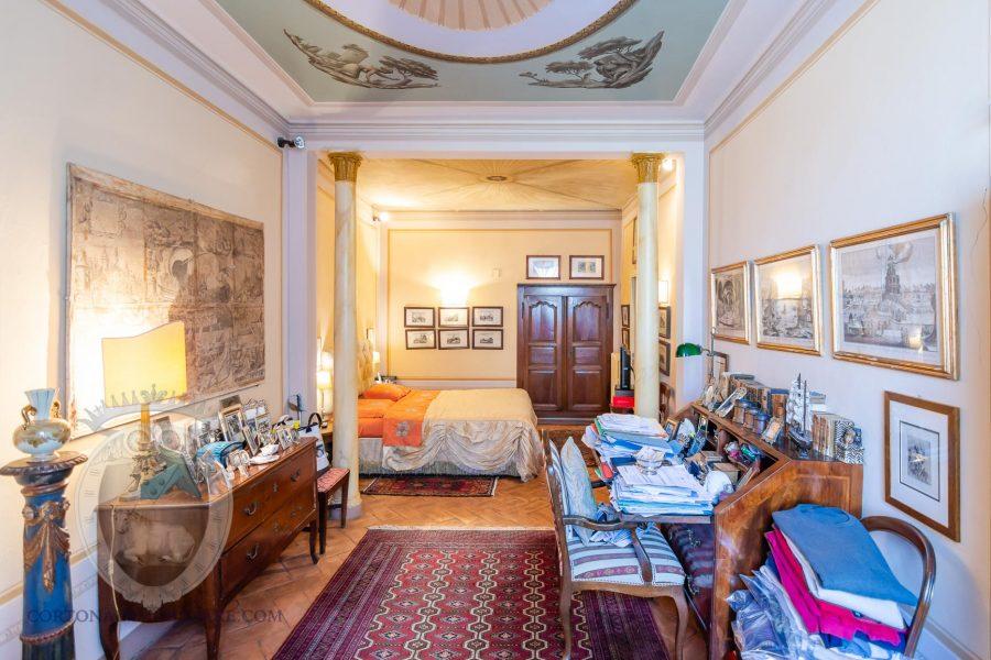 Appartamento con corte e dependance