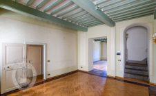 Villa indipendente nel centro storico con ascensore